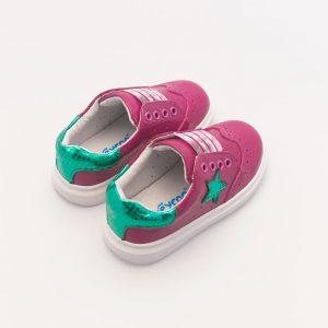 Zomerse fuchsia roze babyschoen met ster